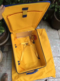 Toptan satış 3Carry Seyahat Çanta Yurtdışında Gidiyor Goy Haddeleme Bagaj Marka Ünlü Spinner Kapasite Arabası Dekoratif Desen Bavul Fransız Avrupa (Hava Koşuları
