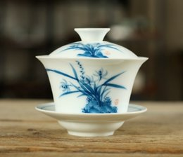 blue chinese bowl UK - New Product Chinese Kung Fu Tea Set Hand-painted Blue and White Porcelain Cover Bowl Sancai Bowl Cup
