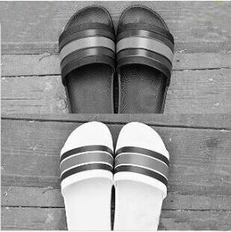 Slipper Bottoms Canada - Soft Designer slipper Gear bottoms mens striped sandals causal Non-slip summer huaraches slippers flip flops slipper BEST QUALITY 36-45