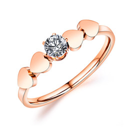 $enCountryForm.capitalKeyWord Australia - Fashion New Titanium Steel Zircon Ring Stainless Steel Couple Ring Heart-shaped Rose Gold and Zircon Ring for Men Women Jewelry