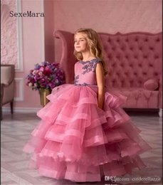 Tiered Wedding Cupcakes Australia - Low Cupcake Pageant Dresses for Girls Tiered Ruffles Sweep Train with Lace Appliques Bow Flower Girl Dresses
