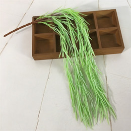 Wholesale Needle Grass Ivy Plants Wall Hanging False Grass Plastic Material Flower Garlands Fake Rattan Green Wedding Decoration hqb1