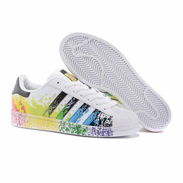 5e3aa3690fbc Lace Up Stars Round Toe UK - A1 2019 Cheap Women Superstar White Hologram  Iridescent Junior