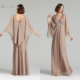 Hot sexy brides online shopping - Long A line Mother of the Bride Dresses V Neck Chiffon Crystal and Beads Wedding Dress Formal Evening Party Gowns Hot Sales