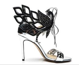 Sandales à talons hauts pour femmes d'été talon haut en cuir verni découpé sandales gladiateur à lacets personnalité de lady talon mince en Solde