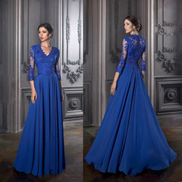 royal blue mother wedding dress Australia - Elegant Royal Blue Mother Of The Bride Dresses Long Sleeves Lace Wedding Guest Dress Plus Size V Neck Mothers Groom Gowns
