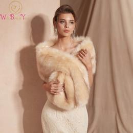 $enCountryForm.capitalKeyWord Australia - 2019 New Wedding Bolero Outerwear Accessories champagne Wrap Bride Formal Warm Winter Cape Bride Fur Shawl Wedding Jacket