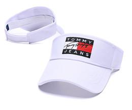 Vente en gros Blanc nouvelle mode golf chapeau pare-soleil pare-soleil chapeau de fête casquette de baseball chapeaux de soleil crème solaire chapeau Tennis Beach élastiques chapeaux livraison gratuite