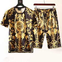 Summer menS trackSuit online shopping - Fashion Men Clothing Sets Short Sleeve Printing Tracksuits Mens Casual Summer Wear Designer Clothing Set