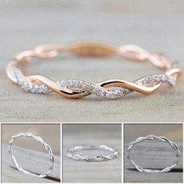 $enCountryForm.capitalKeyWord NZ - Designer luxury Wedding Rings jewelry New Style Stainless Steel Round diamond Rings For Women Thin Rose Gold Color Twist Rope Stacking