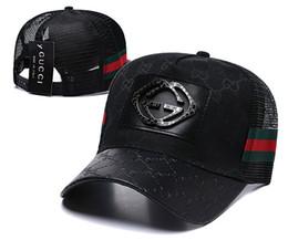 2018 nova marca mens designer chapéus ajustável bonés de beisebol de luxo senhora moda chapéu verão camionista casquette mulheres lazer cap transporte da gota venda por atacado