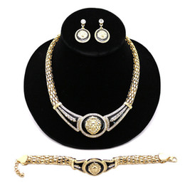 Painting Faces UK - Ornaments Superior Quality Alloy Large Meatball Oil Painting 3 Paper Set Nightclub Equipment Luxury Championship Skull Batman Cuban Link
