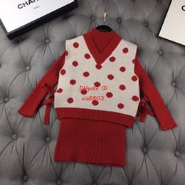 $enCountryForm.capitalKeyWord Australia - New arrival Girls sweater set kids designer clothing V-neck design vest + long-sleeved bottoming shirt 2pcs cotton knit material autumn set