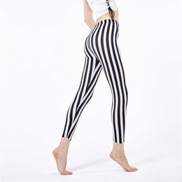 vertical stripes leggings pants Australia - 2020 2020 Slim Sports Leggings Black And White Vertical Stripes Outdoor Fitness Pants Workout Plus Size Leggings Jeggings O5A045 iMt8#