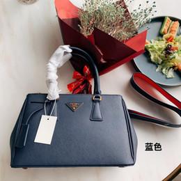 $enCountryForm.capitalKeyWord Australia - Brand new compact square, handbag cross body bag, women's stereo cross shoulder messenger bag!Size: 30 x20cm