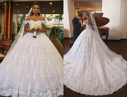 Sweethearts Ball Australia - Whit Lace Ball Gown Dubai Wedding Dresses Sweetheart Off Shoulder Beading Backless Plus Size Saudi Arabic Wedding Gowns Bridal Dresses