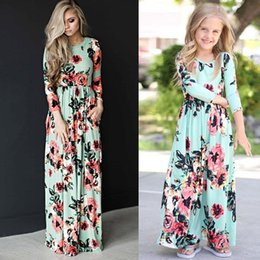Mothers Daughters Dresses Australia - Mother Daughter Bohemian Maxi Dress Family Matching Outfits Mommy and Me Floral Long Dress Family Fitted Clothing