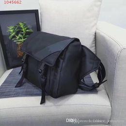 $enCountryForm.capitalKeyWord Australia - 2019 Classic Men Casual Belt Bag Men Chest Bag, Mobile Phone Bag ,Outdoor The Sports Large Capacity Black Bag