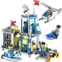 $enCountryForm.capitalKeyWord Australia - 312pcs New product 4in1 Police station children assembling building blocks toys Compatible city Police command SH190910