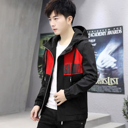 Discount spell clothes - 2019 Spring New Pattern Korean Trend Handsome Spelling Color Even Hat Work Clothes Jacket Loose Coat windbreaker Free sh