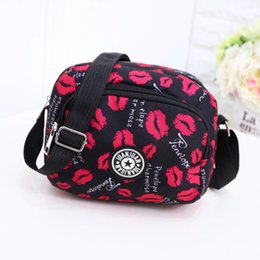 Discount black fabric hobo bag - 2019 Women Messenger Bags Print Floral Cross Body Shoulder Canvas Hobo Bag Nylon Oxford Fabric Women's Handbag Bols