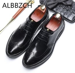 891abe5a6b0 New brogue men shoes wedding dress shoes mens oxford carving wing tip  designer business leiusre party office career work