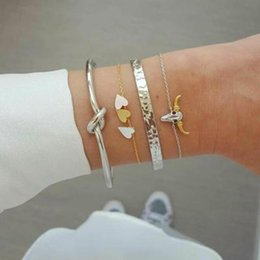 Silver chain braceletS lobSter claSpS online shopping - 2019 Fashion Color gold and silver bangle knot love bangle bull head charm bracelet for women Punk heart chain bracelet gift