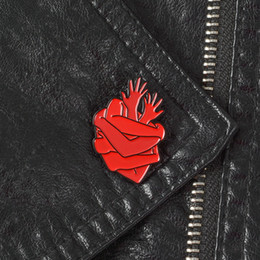 Plastic Red Heart Australia - Organ Heart Enamel Pins Badges Bloodthirsty Hug Brooches Dark Red Arms Lapel pin Denim Shirt Collar Punk Fashion Jewelry Gift