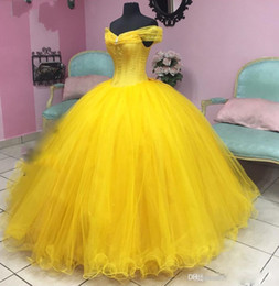 coral pipe NZ - 2019 New Fashion Off Shoulder Ball Gown Quinceanera Dresses Lace Bodice Lace Up Back Beadings Debutante Gowns Floor Length Piping Prom Dress