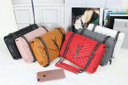 Bolsos de diseño Mujeres de lujo Cross Body Bag Nueva moda Bolsa de hombro para mujeres Venta caliente Nueva marea en venta