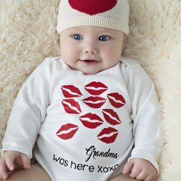 $enCountryForm.capitalKeyWord Australia - New 2017 Spring Baby Boy Girl Rompers Fashion Cotton Long Sleeve Kiss Lipstick Printed Newborn Neutral Baby Clothes 0-24M