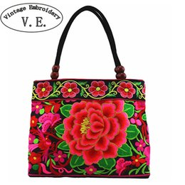 $enCountryForm.capitalKeyWord Australia - National Trend Embroidery Bags Women Double Faced Flower Embroidered One Shoulder Bag Small Tote Travel