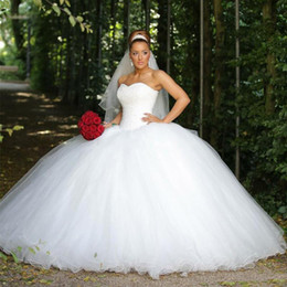 $enCountryForm.capitalKeyWord Australia - Amazing Crystal Beaded Wedding Dresses 2019 Ball Gown Sweetheart Organza Corset Back Designer Court Train Bridal Wedding Gowns