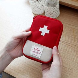Discount mini first aid wholesale - Travel Portable First Aid Bag Mini Portable Large Capacity Storage Pouch Bags Home Office Emergency Rescue Medical Stora