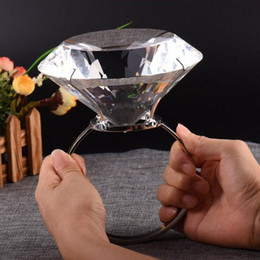 $enCountryForm.capitalKeyWord Australia - 150mm Crystal Glass Napkin Ring Diamond Table Napkin Holder Wedding Banquet Dinner Decoration Home Ornaments Christmas Gifts