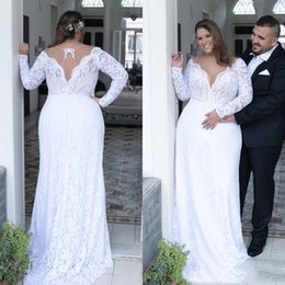 Plunge Wedding Dresses UK - 2019 Vintage Lace Plus Size Wedding Dresses Plunging V Neck Long Sleeves Bridal Gowns Vestido De Novia Country Wedding Gowns