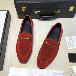 Fashionable Flat Shoes Laces NZ - High quality leisure suit shoes, luxury brand fashionable red and blue metal button stripe grinding sand flat shoes size 38-45 red driving s