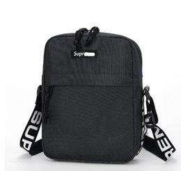 bolsas desinger famus bolsa Sup 18SS Bolsa de cintura 44a unisex del paquete de Fanny manera de los hombres de la lona de los hombres bolsos del mensajero del bolso de hombro 17AW en venta