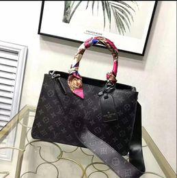 Patchwork Plaid Handbags Australia - Classic Flap bag women's Plaid Chain bag Ladies badge Handbag Fashion designer purse Shoulder Messenger bags High quality purse wallets B044