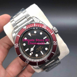 heritage wristwatch NZ - 2 styles luxury limited watches men heritage black bay burgundy insert watch automatic movement watch men wristwatch m79230r m79230n