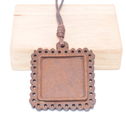 pendant trays Australia - Shukaki Fit 25*25mm Square Wood Cabochon Pendant Base Setting Blank Wooden Pendant Blank Bezels Diy Jewelry Trays With Leather Cord