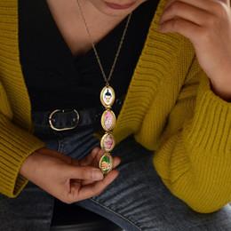 $enCountryForm.capitalKeyWord Australia - Fashion Four-story Interval Vintage Carved Medallion Locket Pendant Necklace Family 4 Slots Photo Frame Box Memorial Jewelry Gifts