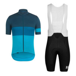 China Summer Cycling Jerseys 2019 Rapha Men Team cycle Wear Short Sleeve Bike Clothing Maillot Ropa Ciclismo Uniformes Biking Clothes cheap biking clothing suppliers