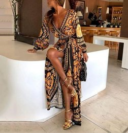 Model long dress casual online shopping - 2019 explosion models spot European and American retro print dress V neck pullover retro wind long sleeves big swing slit dress