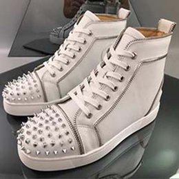 flat silver crystal wedding shoes UK - Sneakers Red Flat Bottom shoe Low Cut Studded Spikes Shoe For Men and Women Shoes Party Wedding crystal Leather Sneakers N6