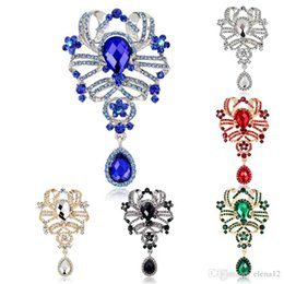 Top China Wholesale Fashion Jewelry Australia - Austrian Crystal Brooch Pins For Women Top Quality Flower Broches Jewelry Fashion Wedding Party jewelry rhinestone brooch 170743