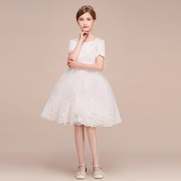 Wholesale Big Girls Party Dress White Lace Beautiful Dress Short Sleeves Ball Gown Design Knee Length Flower Girl Gowns Free Custom Made
