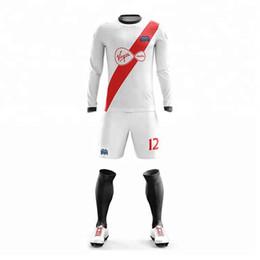 Özel Yeni tasarım özelleştirilmiş futbol formaları ucuz amerikan futbolu üniforma tamamen süblime formaları