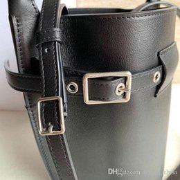 $enCountryForm.capitalKeyWord Australia - Women Fashion Bags Designer Classic black Hand bag Female Casual Crossbody Bags Women Girl Fashion Simple Excellent Quality Soft Versatile