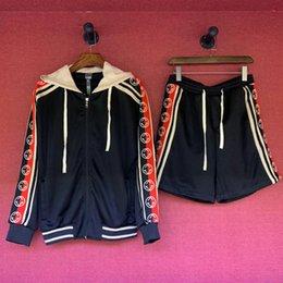 $enCountryForm.capitalKeyWord Australia - 19ss New Luxurious Italy Brand Design Long Sleeve Coat and Short Pants Set men and women streetwear outdoor shirt